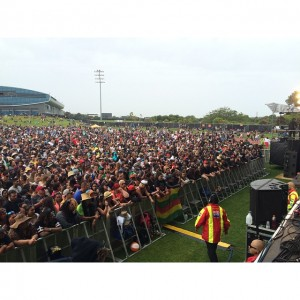 chronixx plays packed stadium in australasia tour dec 2k14